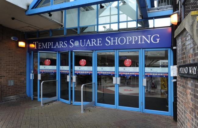 Arrests after police raid Oxford shopping centre for illegal workers