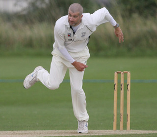 NEW CHALLENGE: Graham Charlesworth has joined Abingdon Vale from Oxford