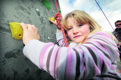 thisisoxfordshire: Isla Saint tackles the climbing wall