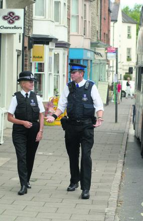 Chief Constable Sara Thornton out on the beat in Woodstock in 2006 with PCSO Phil Workman
