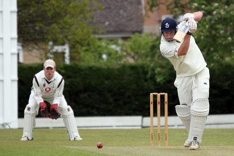 Robbie Eason saw Horspath home with 66 not out