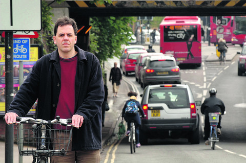 CYCLING CITY DAY 1: Cycle lanes could run under Oxford railway bridge