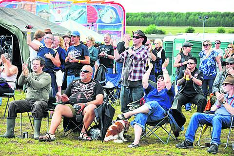 thisisoxfordshire: Crowds enjoy the music
