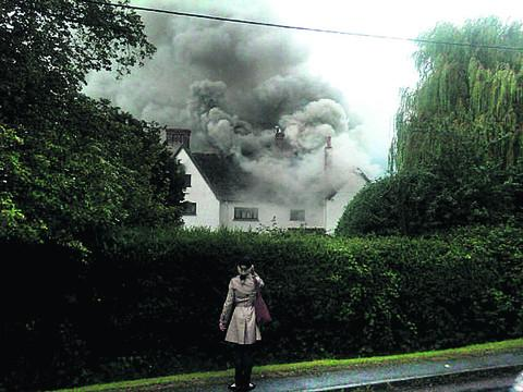 thisisoxfordshire: Smoke billows from Fawler Manor