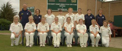 thisisoxfordshire: Oxfordshire's women line up before their win over Suffolk