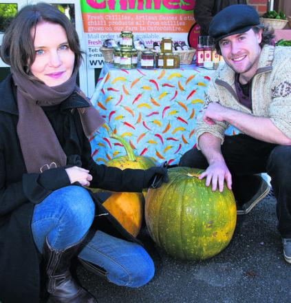 Countdown presenter Susie Dent and market organiser Alex Towler. Picture: OX54876 Greg Blatchford
