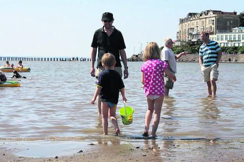 thisisoxfordshire: Families at Weston-Super-Mare