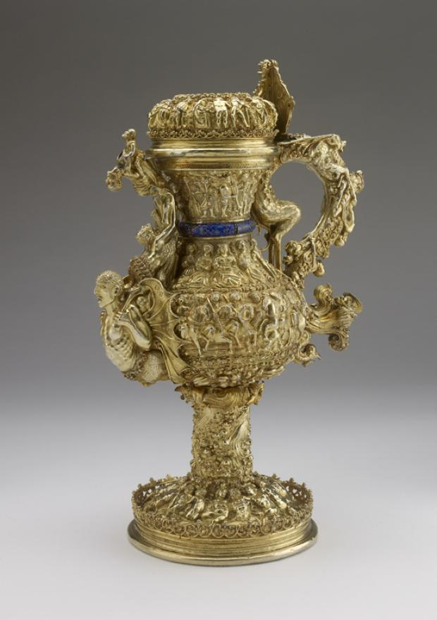 A silver gilt ewer with enamelled royal arms of Portugal (c. 1510-15)  has been donated to the Ashmolean Museum.