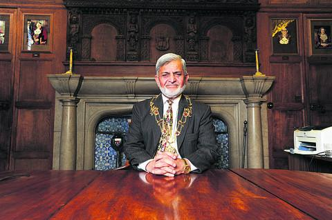From immigrant to Lord Mayor: Mohammed Abbasi's journey