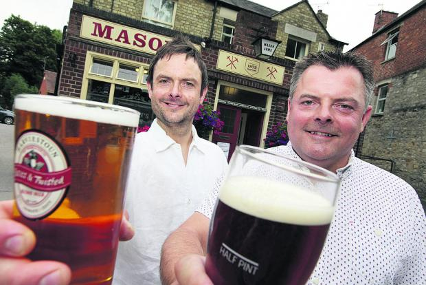 Chris Meeson, right, and his brother Matthew look ahead to the Headington beer festival at The Masons Arms       Picture: OX61426 Damian Halliwell