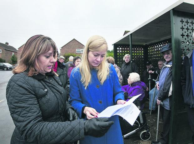 thisisoxfordshire: Resident Nikki Cavanagh hands a petition to Nicola Blackwood about the 4C