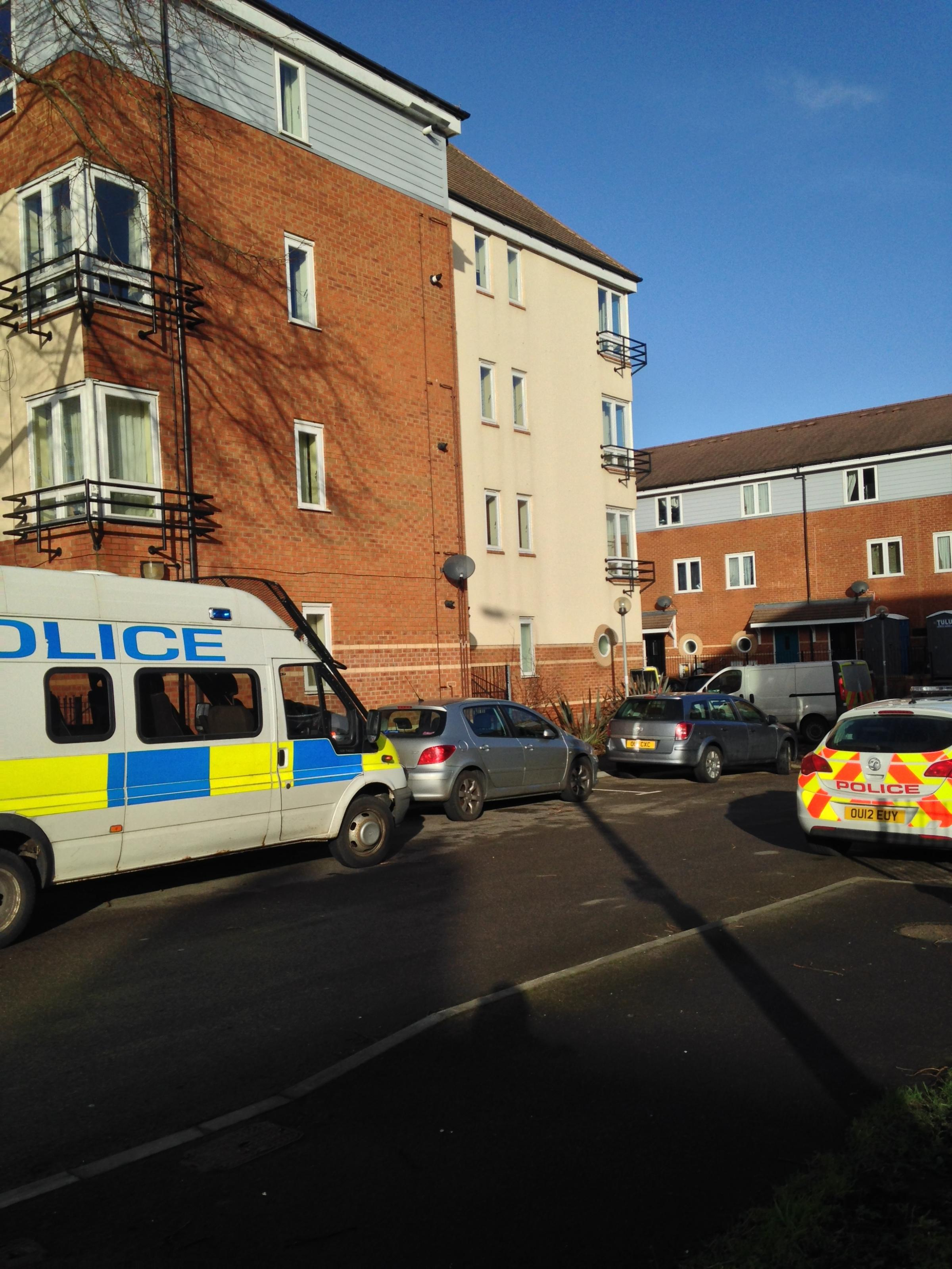 Police swoop on estate off Botley Road