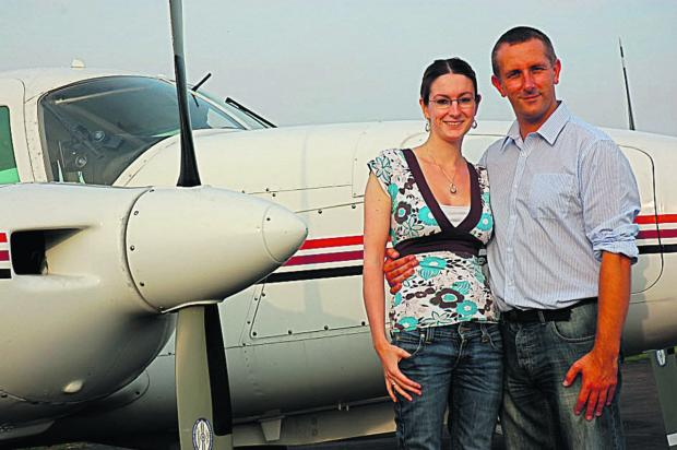 thisisoxfordshire: Rachel McCrombie and pilot Lee Ingram of  Air Experiences
