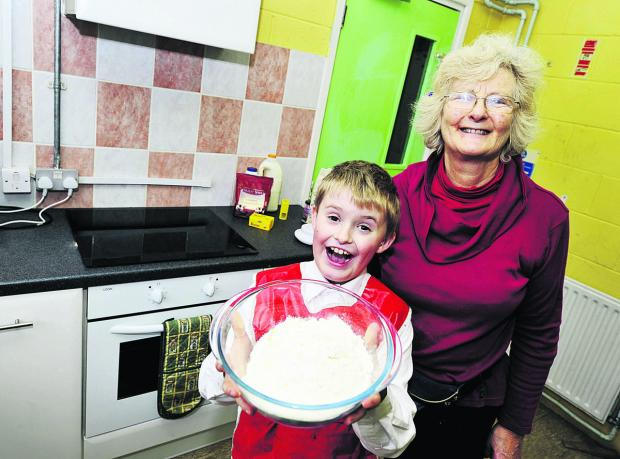 thisisoxfordshire: Sue Price and James Lees try out the kitchen