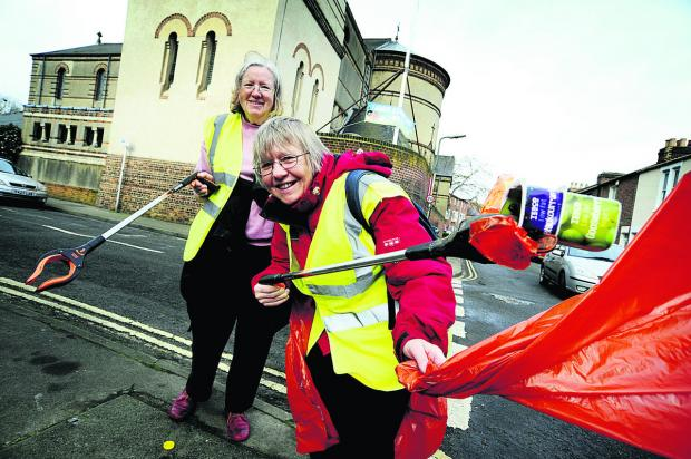 thisisoxfordshire: Elaine Williams, left, and Helen Fletcher do their bit