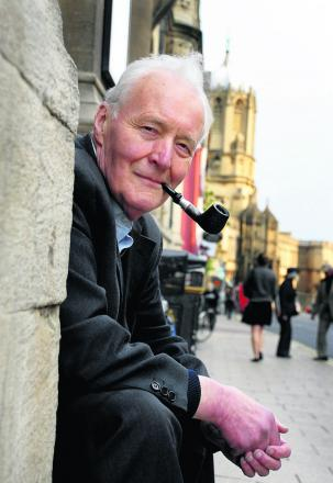 Tony Benn outside Oxford Town Hall in 2008