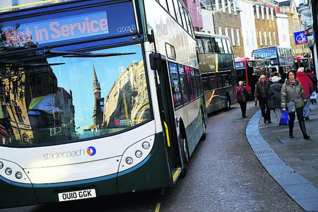 thisisoxfordshire: Buses queuing up in Queen Street after a Stagecoach bus broke down at Carfax in January