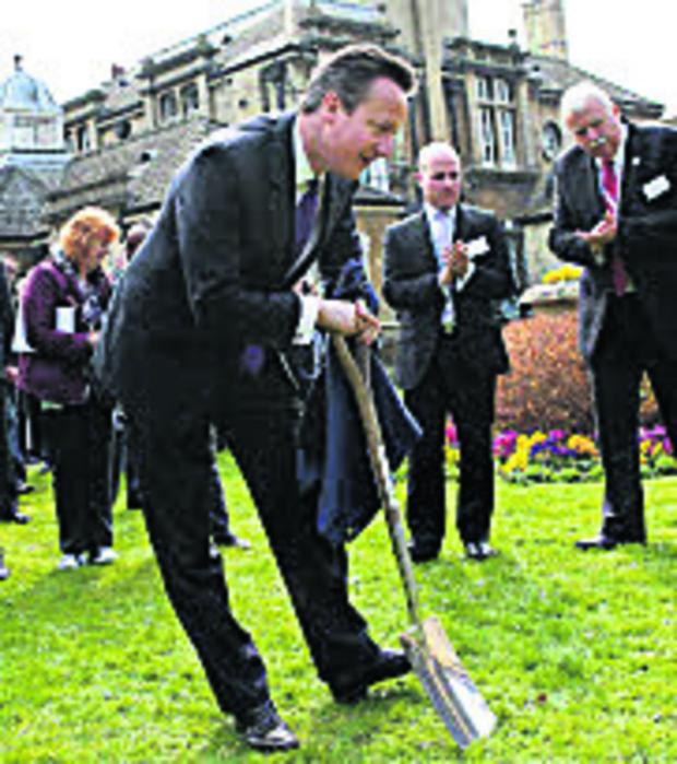 thisisoxfordshire: David Cameron digs in