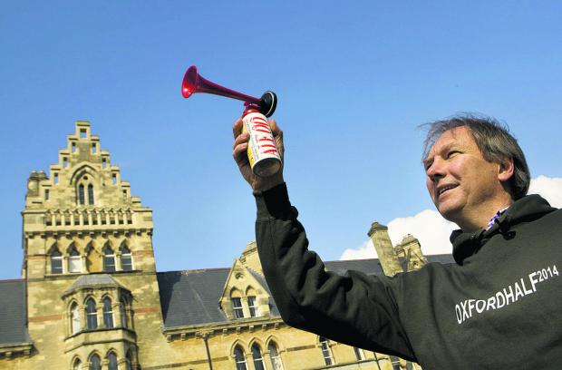thisisoxfordshire: Andrew Taylor sounds the starting horn in Christ Church Meadow   Pictures: OX66254 Jon Lewis