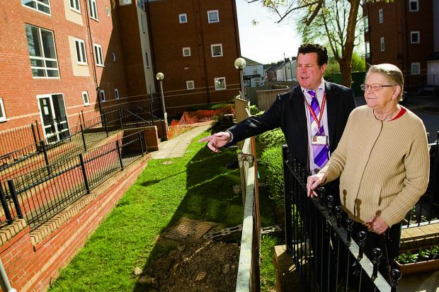 thisisoxfordshire: Walkways project manager Jeremy Lear with Osney Court resident Audrey Walker.  Main picture: OX66629 Antony Moore
