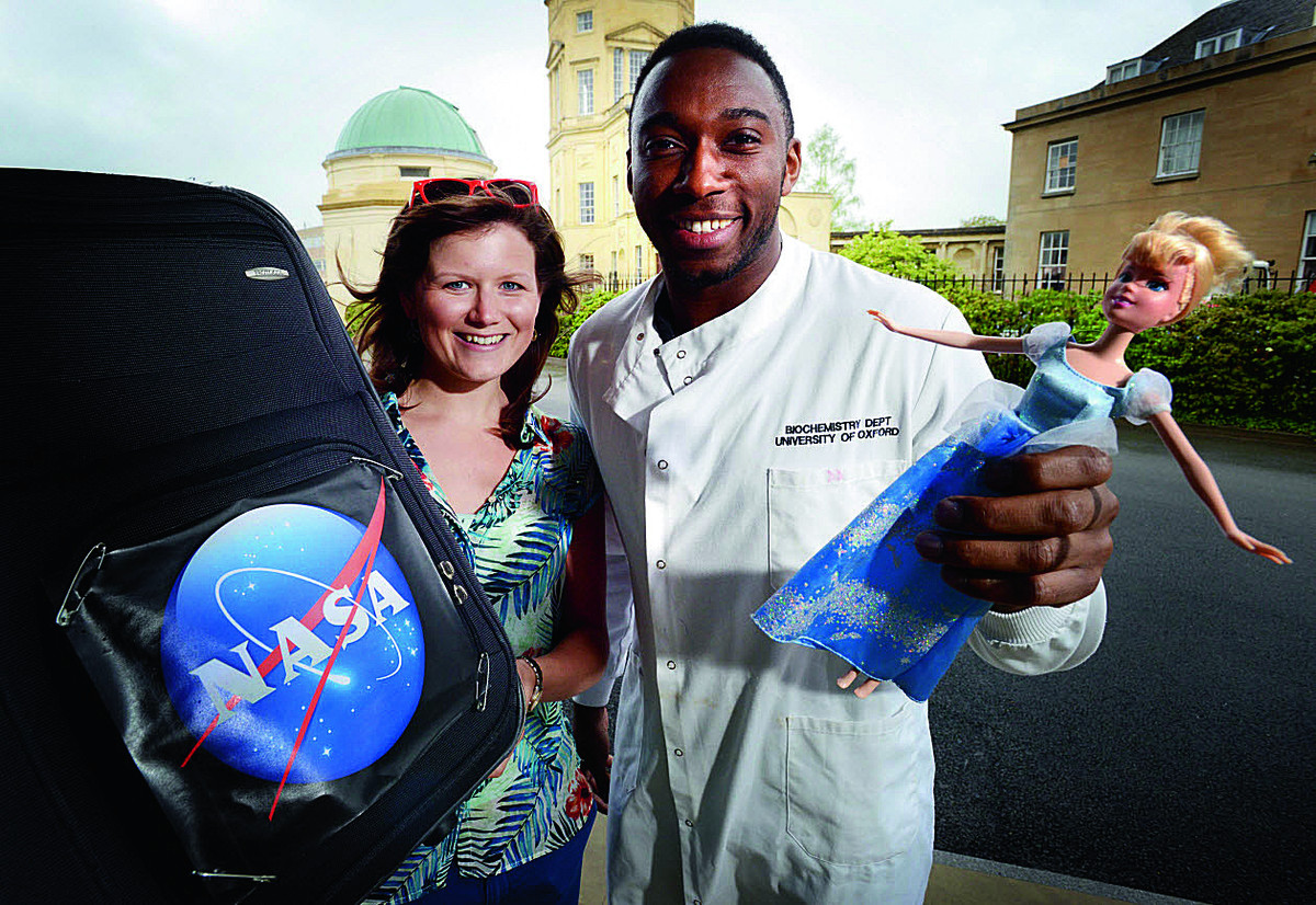 Two Oxford students runners up in national science competition FameLab. Becky Smethurst and Jonathan Brooks-Bartlett show off props from their presentations