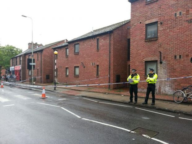 thisisoxfordshire: Police at the cordon in St Clement's Street, Oxford