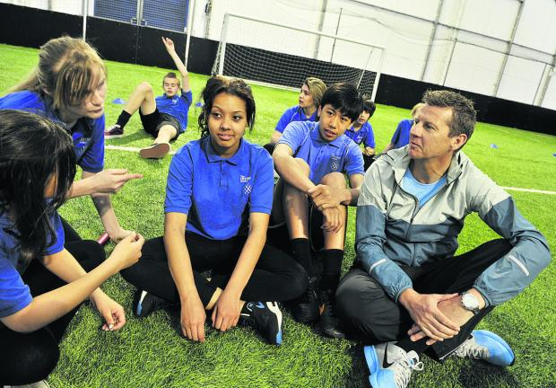 thisisoxfordshire: Steve Cram, right, talks to, from left, Courtney Bowler, 14, Shannon Ewers, 15, Destiny Crawford Giles,15, and Bruce Nheu Lay, 15. Picture: OX67163 Mark Hemsworth