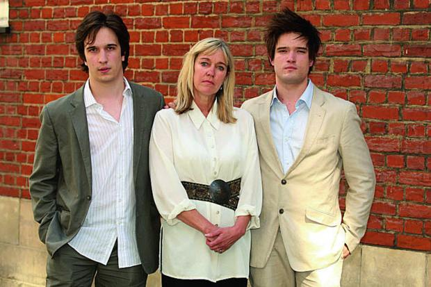 thisisoxfordshire: Eileen Clark with her sons Chandler, left, and Hayden