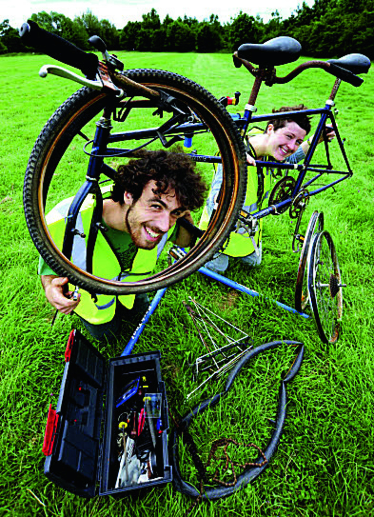 Nicholas O'Brien and Nina Brown get ready for the Tandem Festival Picture: OX67933 David Fleming