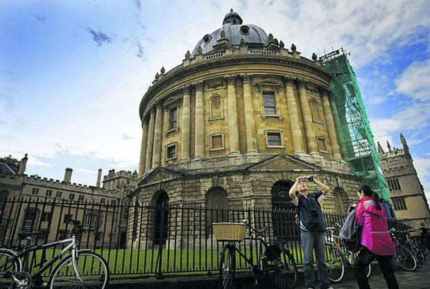Oxford seventh most visited town or city in country last year
