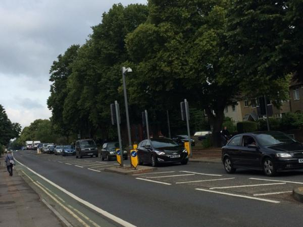 thisisoxfordshire: Motorists facing another day of delays due to roadworks