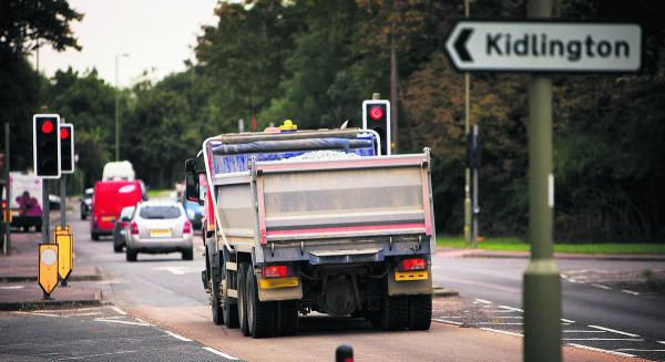 A lorry at lights in Bicester Road, Kidlington  Picture: OX69508 Damian Halliwell