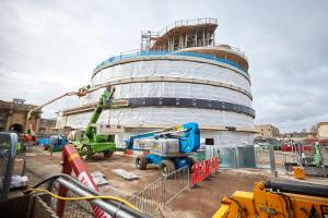 Celebrations as the Blavatnik building is 'topped out'
