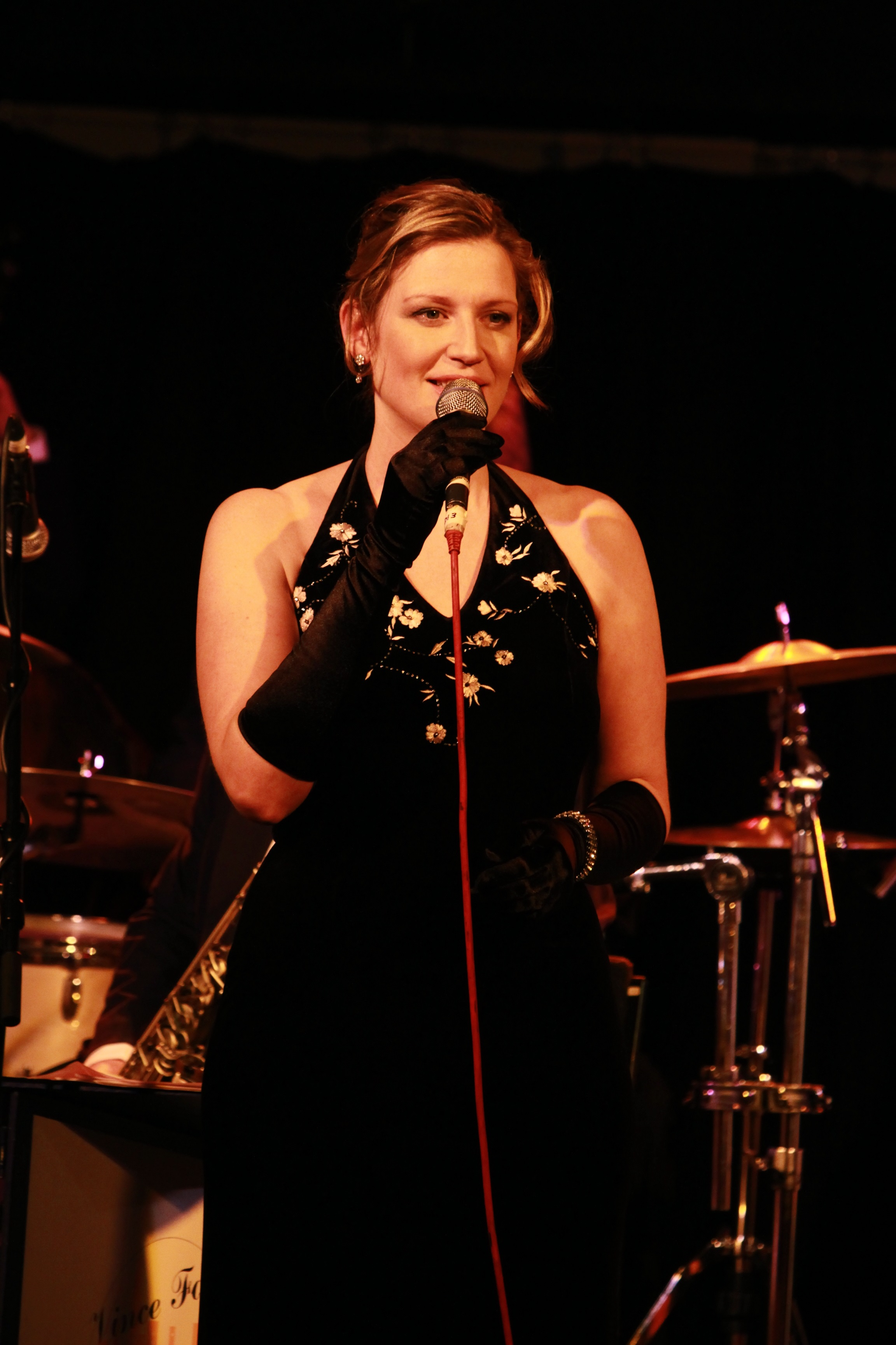 Burford Jazz Presents: Cathering Sykes 'The music of Peggy Lee + A touch of Chrstmas Festiveness!