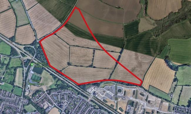 Land on Oxford Northern By-pass where Christ Church college hopes to build 750 homes. Site to the west of the Barton Park estate. Pic Google Maps