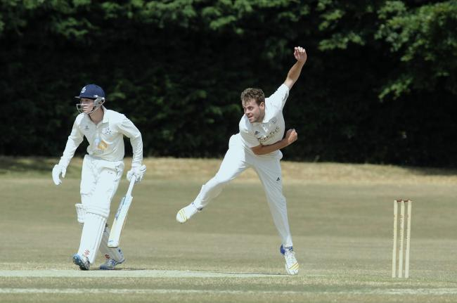Rob Keat took 3-20 as Oxfordshire beat Herefordshire by 162 runs